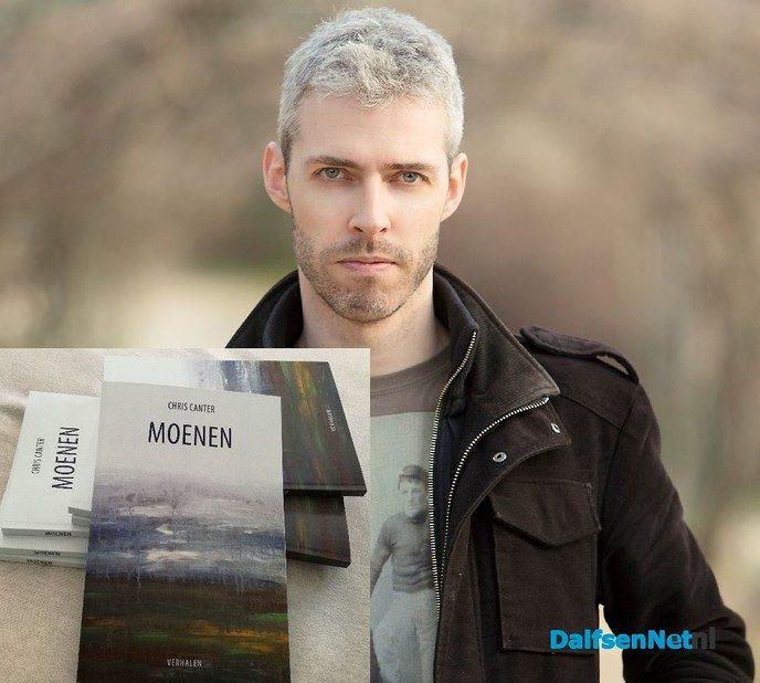Schriever uut Ni'jlusen kump mit verhalenbundel - Foto: Ingezonden foto