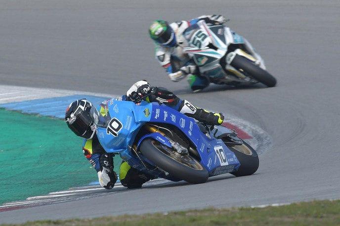 START racing kijkt tevreden terug op eerste race