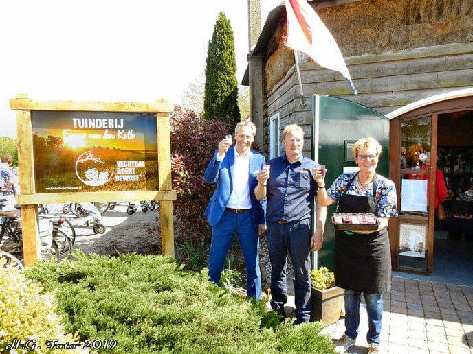 Tuinderij van der Kolk viert opening aspergeseizoen.
