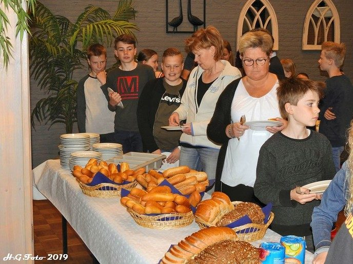 Dorpsontbijt & Aubade in de Wiekelaar.