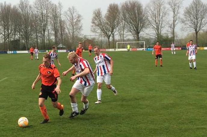 S.V. Nieuwleusen pakt belangrijke punten tegen Avereest - Foto: eigen geleverde foto