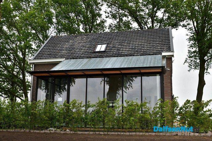 Renovatie sluiswachterswoning nadert zijn voltooiing - Foto: Johan Bokma