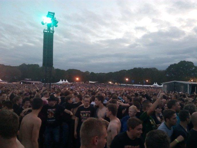 Reünieconcert Normaal, 20.000 aanhangers gaan compleet uit hun dak