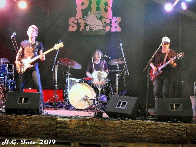 Pigstock Lemele succes.