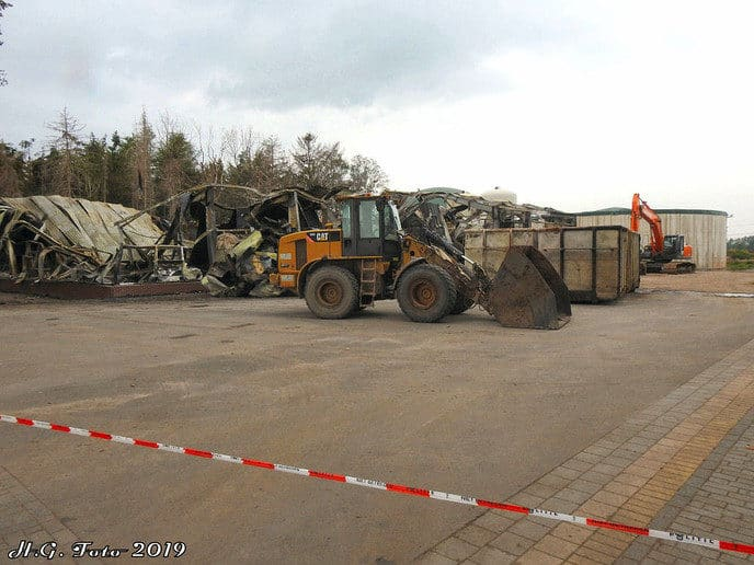 Twee dagen na de grote brand aan de Veldhoevenweg (Update)