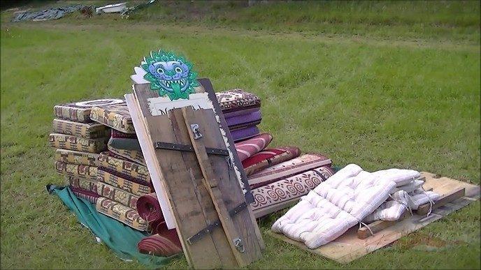 Living Village Festival in opbouw (video)
