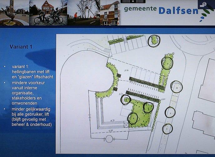 Inloopbijeenkomst schetsontwerpen voorplein gemeentehuis - Foto: Paul Scholten