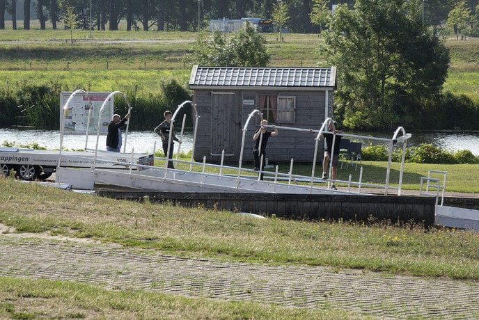 Het botenhuis ligt er, nu de zomp nog… - Foto: eigen geleverde foto