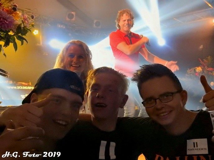 Tentfeest Oranjevereniging / Mansier Oudleusen 2019.