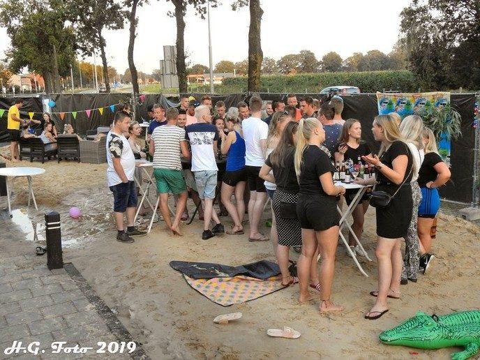 Lindeboom beachvolleybal toernooi laatste evenement Oranjefeest