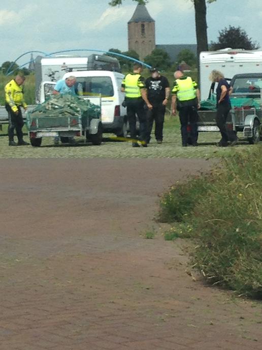 Politieverkeerscontrole camperplaats - Foto: Ingezonden foto