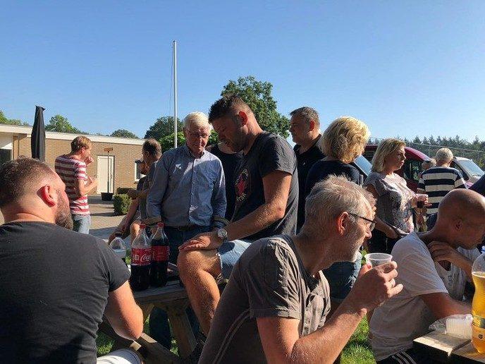 Sportpark Gerner spic en span na warme klussendag