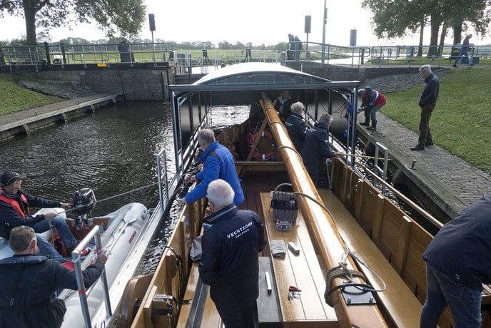 Vechtzomp naar winteropslag in Zwolle…. - Foto: eigen geleverde foto