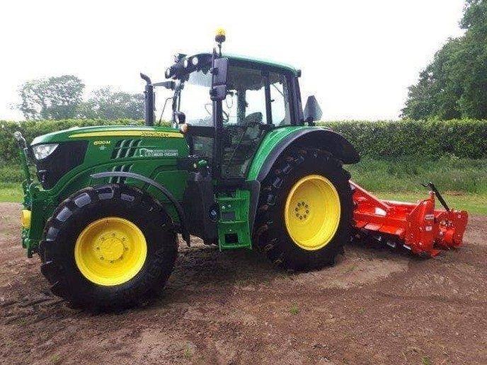Tractor gestolen van Mulder-Eykelkamp BV - Foto: eigen geleverde foto