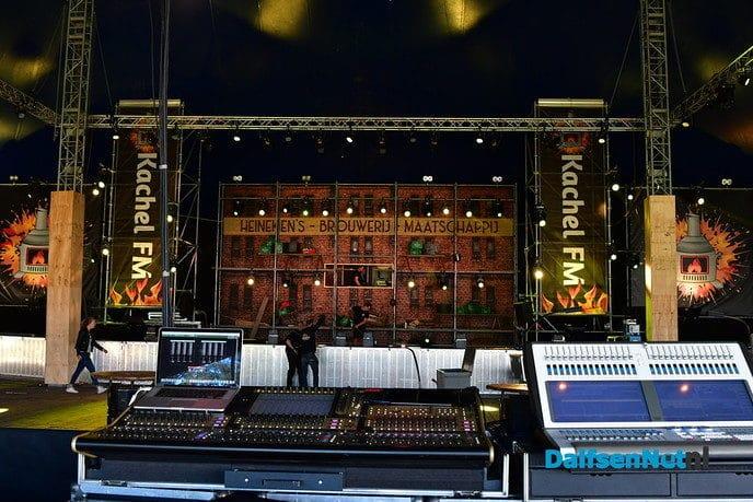 De kachel FM is er klaar voor! Kijk LIVE mee! - Foto: Johan Bokma