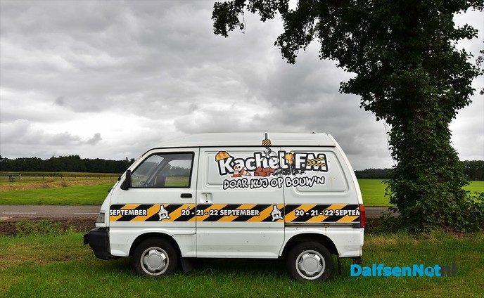 Jan Smit op de vrijdagavond van piratenfeest Kachel FM - Foto: Johan Bokma