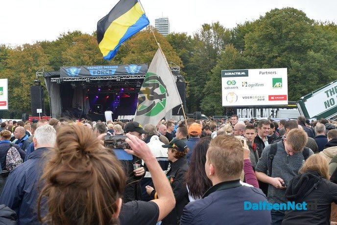 Reactie wethouder André Schuurman op boerenprotest - Foto: Johan Bokma