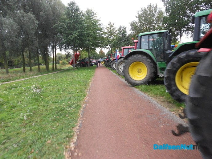 Zwolle kleurt groen en rood van de tractoren