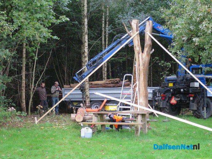 De bouw DNA schuilhut Hoonhorst is begonnen - Foto: Wim