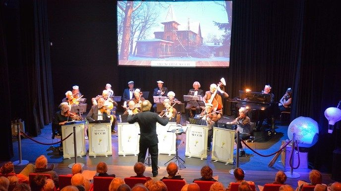 Salonorkest Spoom laat zich horen - Foto: eigen geleverde foto