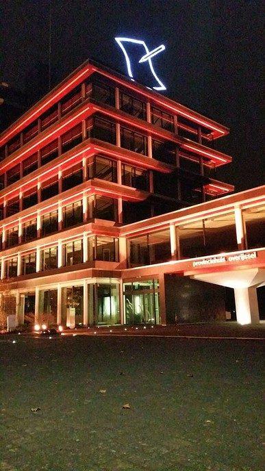 Provinciehuis Overijssel kleurt vanavond oranje - Foto: eigen geleverde foto