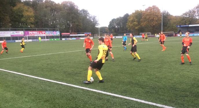 Pijnlijke nederlaag S.V. Nieuwleusen tegen ZZVV. - Foto: Ingezonden foto
