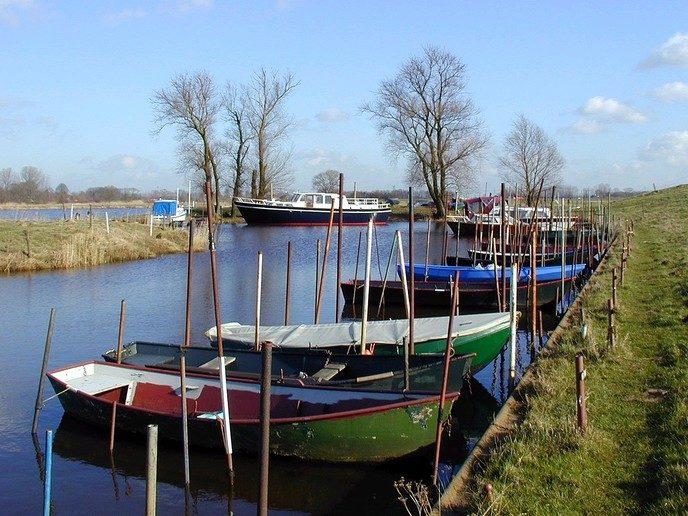 Vechtoever vrij van bootjes, steigers en afrasteringen - Foto: Ingezonden foto
