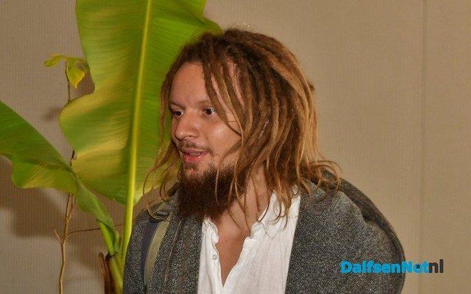 Broer Rasta: gedupeerden geld terug - Foto: Johan Bokma