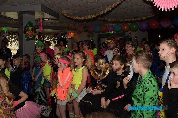 Kindercarnaval bij de Hoonhakkers en de Piepenplassers - Foto: Johan Bokma