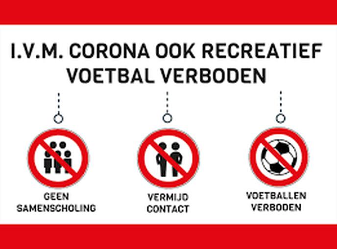 Niet voetballen op de (kunstgras)velden - Foto: eigen geleverde foto