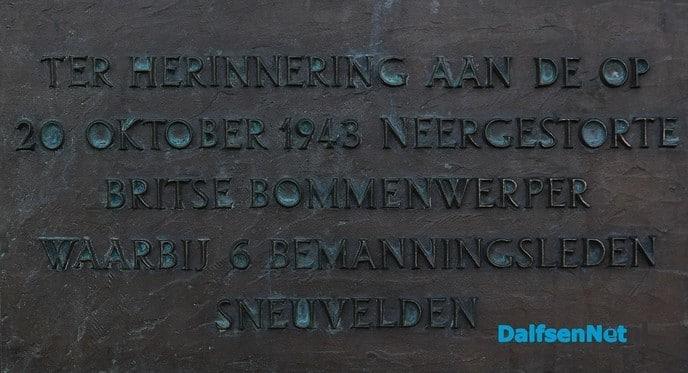 Herdenken in stilte - Foto: Johan Bokma