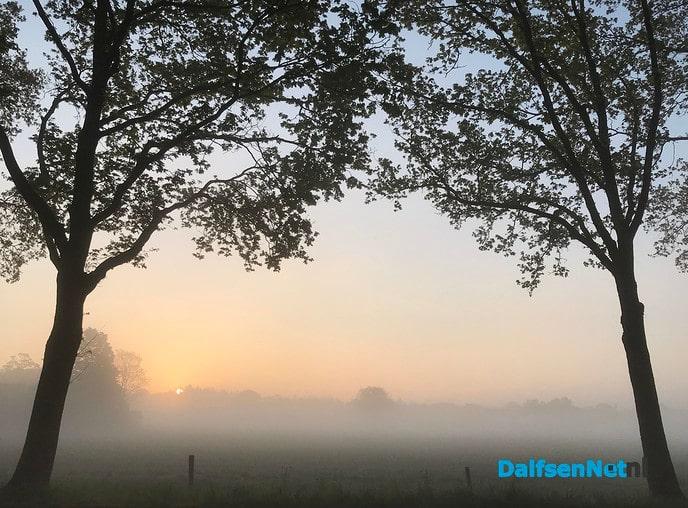 Een prachtige mistige zondagmorgen …. - Foto: Ingezonden foto