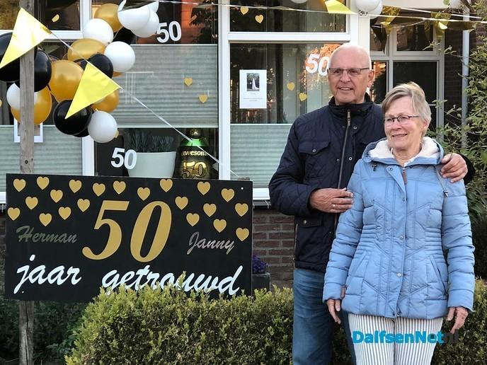 Herman en Janny van Weeghel 50 jaar getrouwd - Foto: Ingezonden foto
