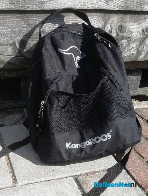Tas gevonden bij haven - Foto: Ingezonden foto