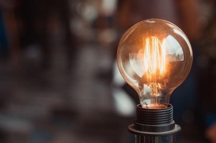 LED-restaurantverlichting: 5 tips om klanten aan te trekken en te behouden