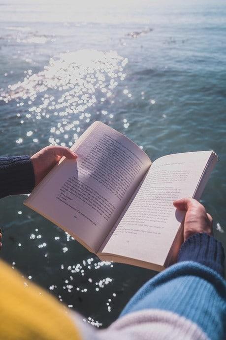 3 rugzakboeken om in de vakantie te lezen
