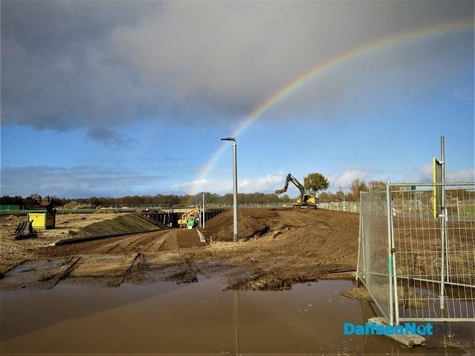Weer volop werkzaamheden aan de tunnel in Dalmsholte - Foto: Wim