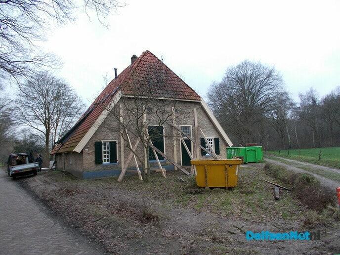 Monumentaal huis in de steigers