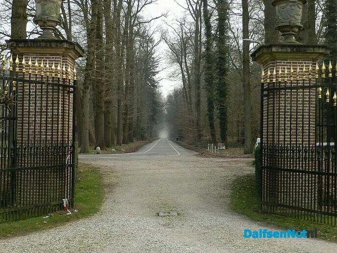 Parkeerplaats Huize Den Berg - Foto: Wim