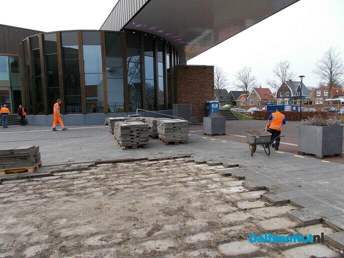 Werkzaamheden aan voorplein gemeentehuis zijn begonnen
