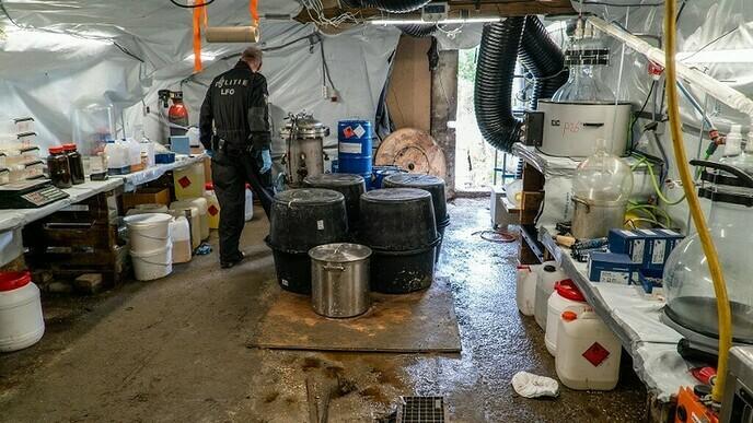 Project Stuwdam steun in rug van ondernemers bij verzet tegen criminelen in Vechtdal - Foto: Politie