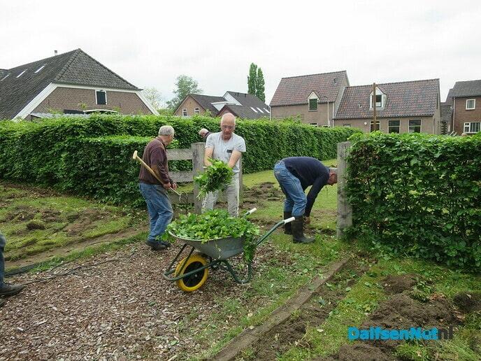 NL.Doet, ook bij molen Fakkert - Foto: Wim