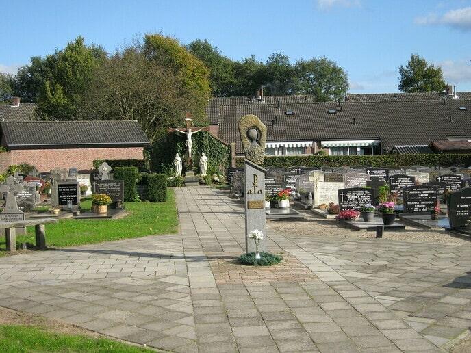 200 jaar Katholiek Kerkhof Hoonhorst - Foto: Ingezonden foto