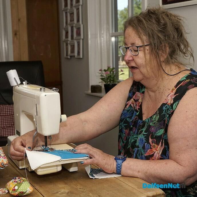Wie heeft katoenen stoffen voor Saskia Vraets voor quilts - Foto: Paul Scholten