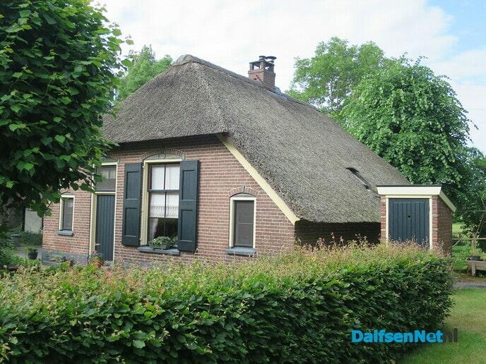 Een huussie met een thuussie - Foto: Wim