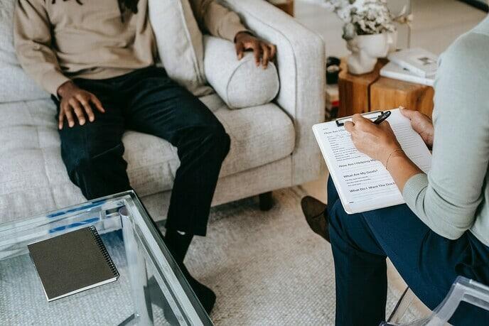 Een verslaving behandelen: het belang van een persoonlijke aanpak