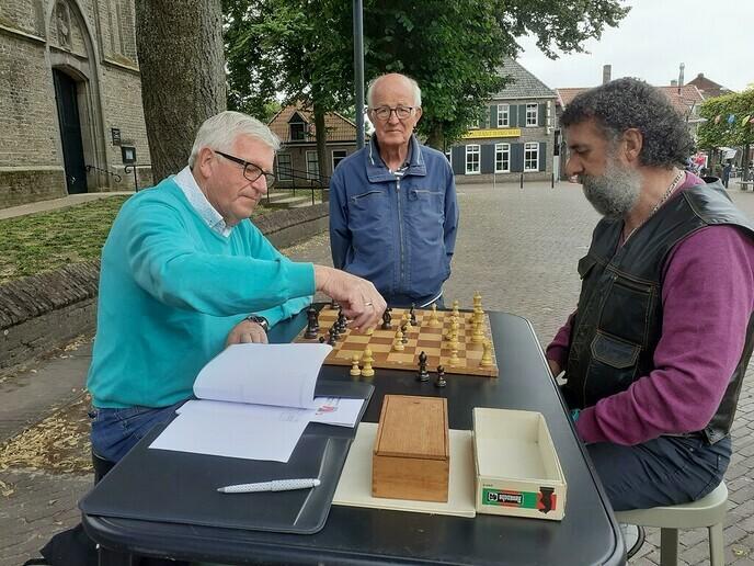 Zin in schaken? - Foto: William uit Dedemsvaart