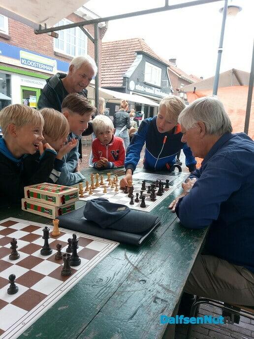 Zin in schaken? - Foto: Ingezonden foto