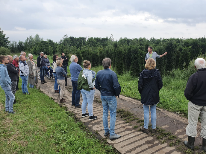 Salland Zoemt en Hoonhorst Bloeit leren veel bij Decohof - Foto: Ingezonden foto