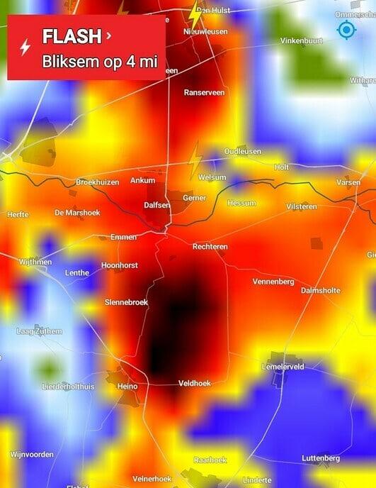 Dalfsen getroffen door wolkbreuk, wateroverlast in straten en huizen